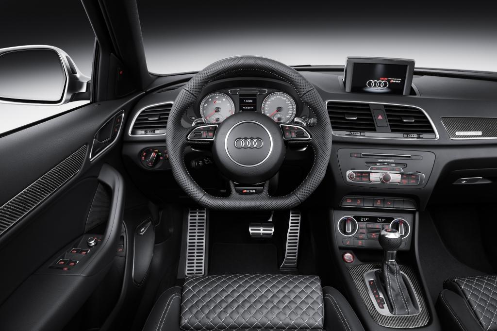 Audi-RS-Q3-interieur.jpeg
