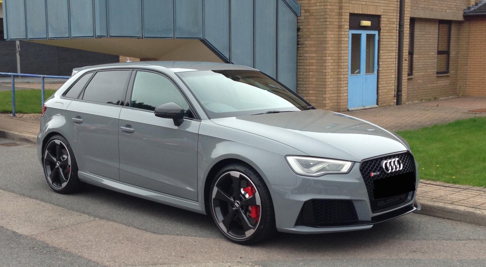 Audi-RS3-8V-8