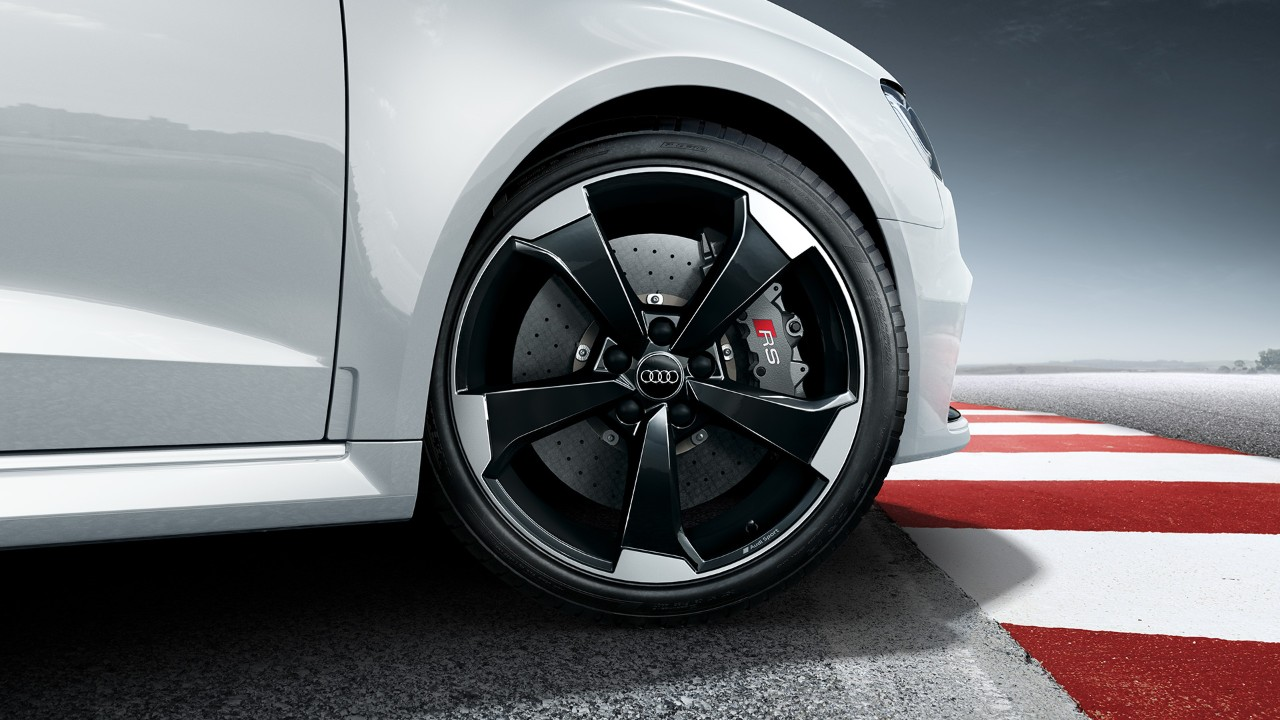 Audi-RS3-Sportback-5
