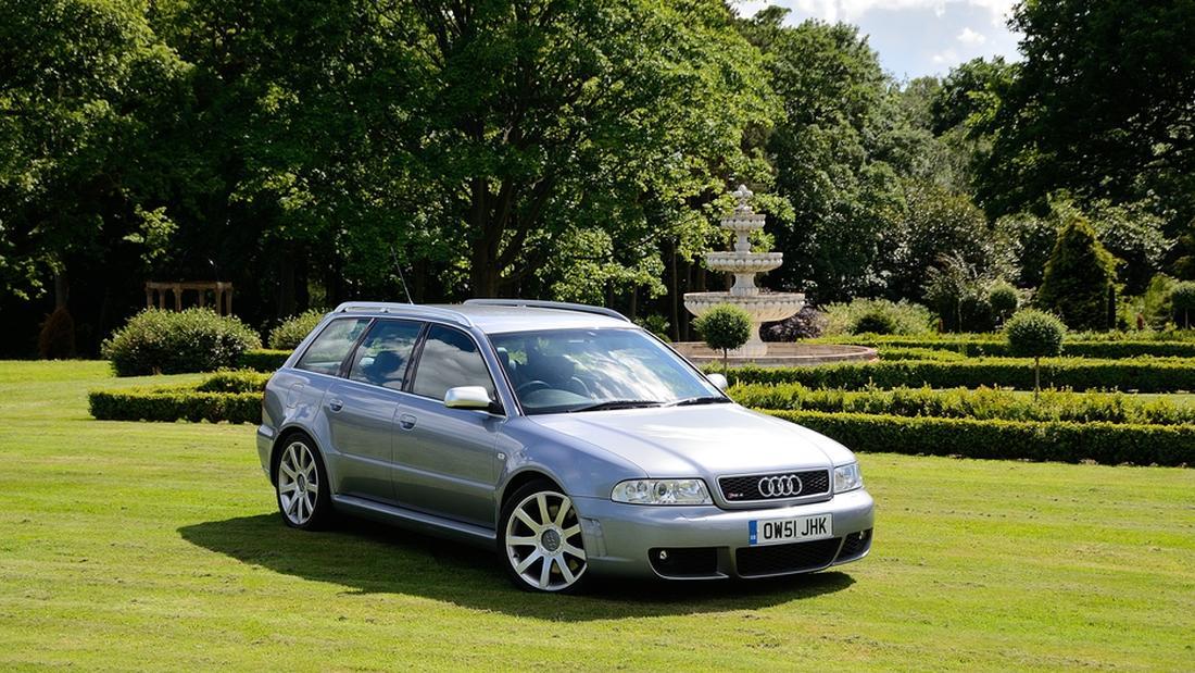 Audi RS4 B54