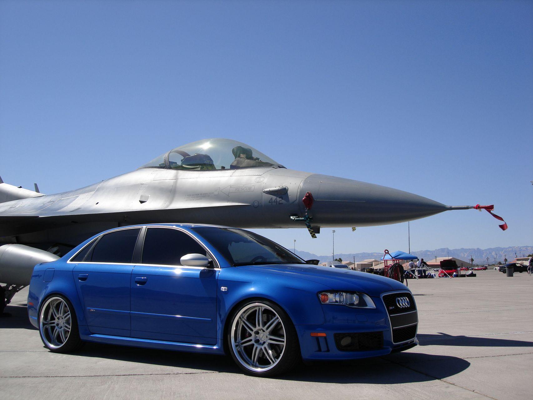 Audi-RS4-B7-2