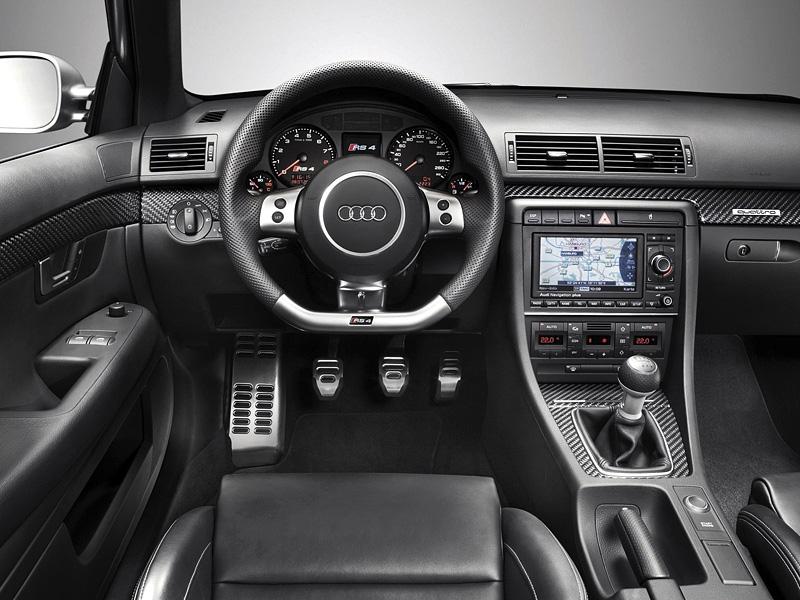 Audi-RS4-B7-3
