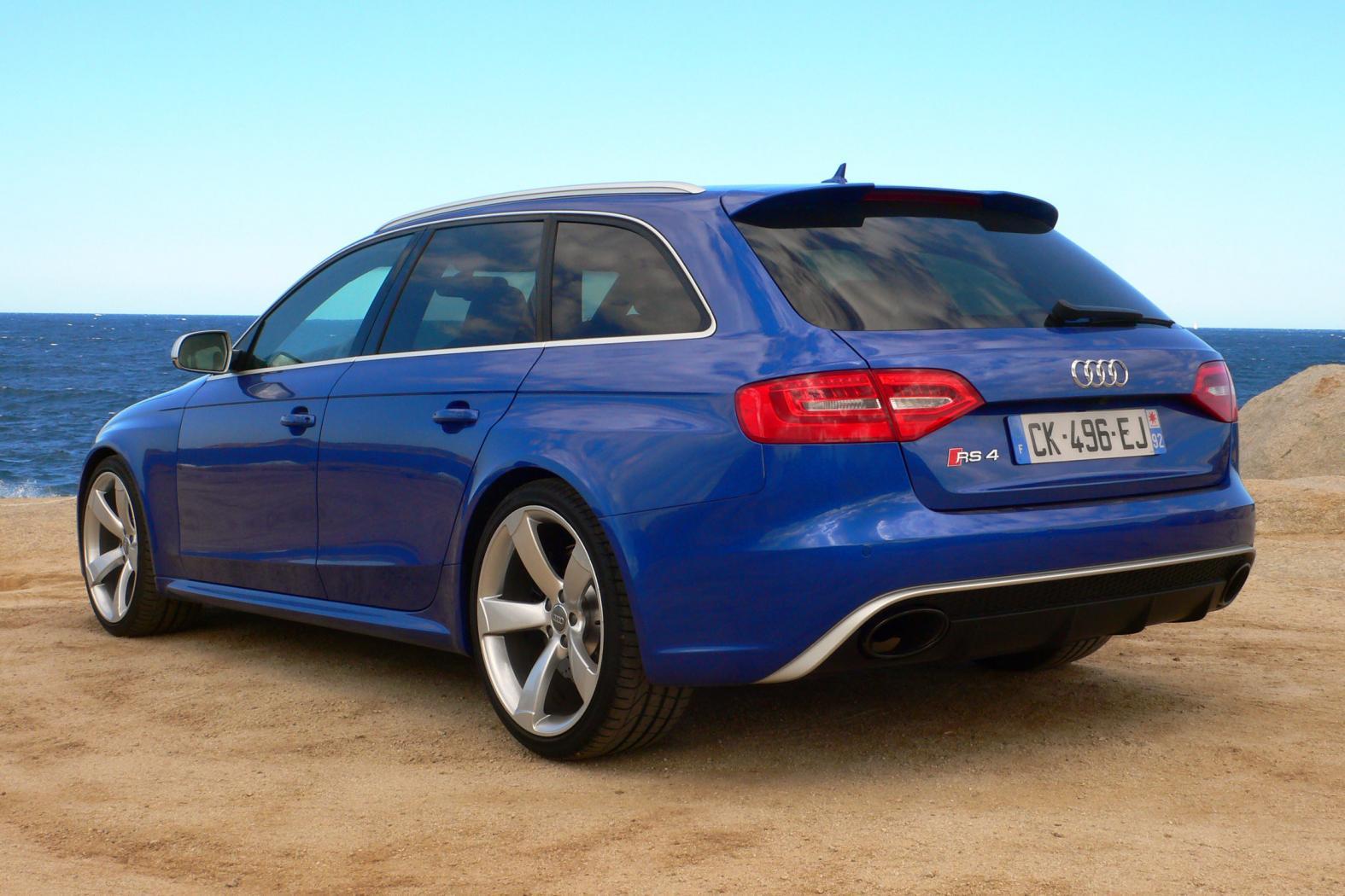 Audi-RS4-B8-2
