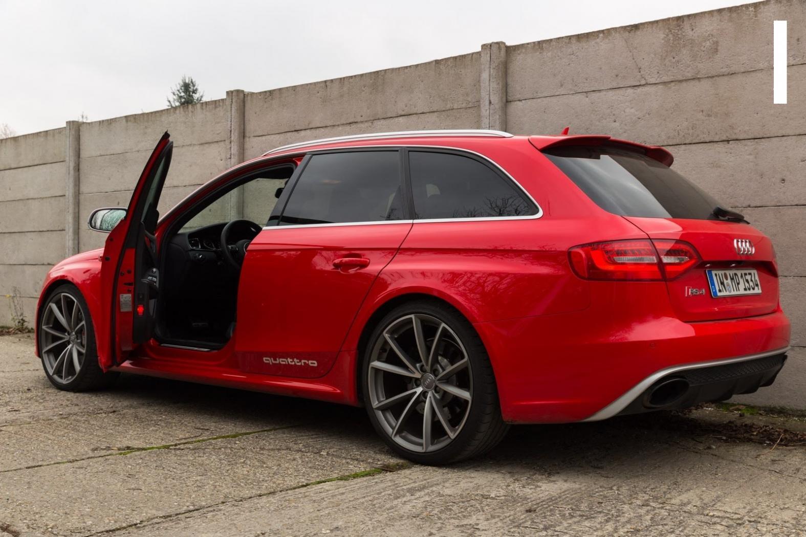 Audi-RS4-B8-7