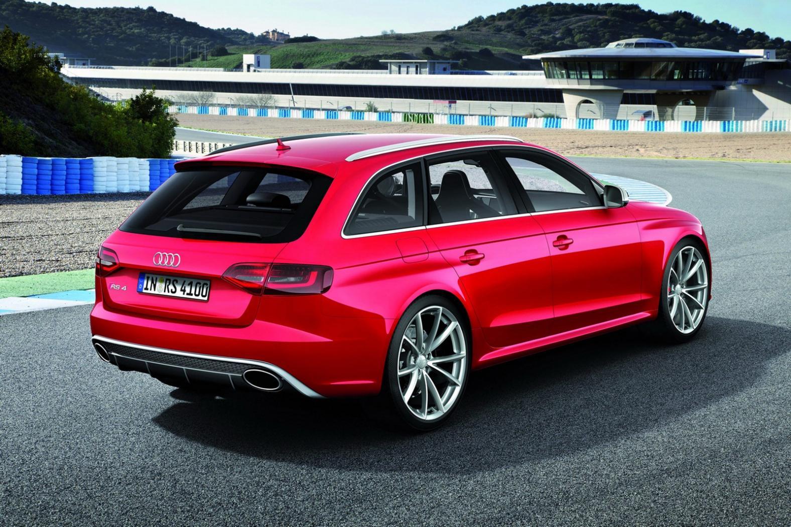 Audi-RS4-B9-1