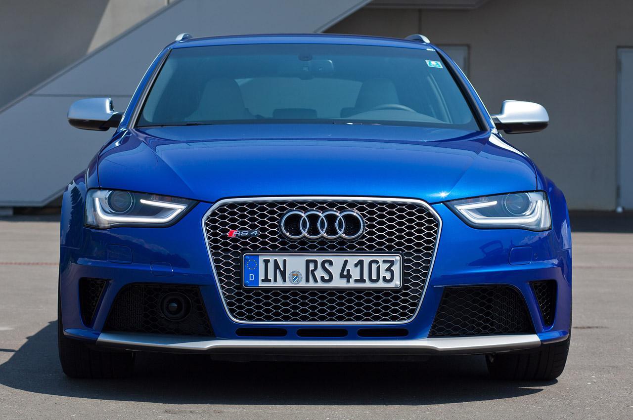 Audi-RS4-B9-7