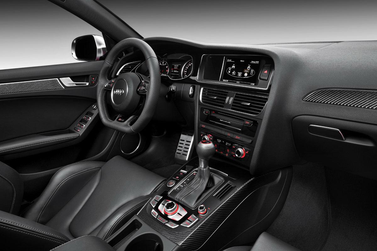 Audi-RS4-B9-8
