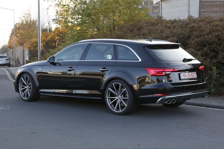 Audi-RS4-B9-9