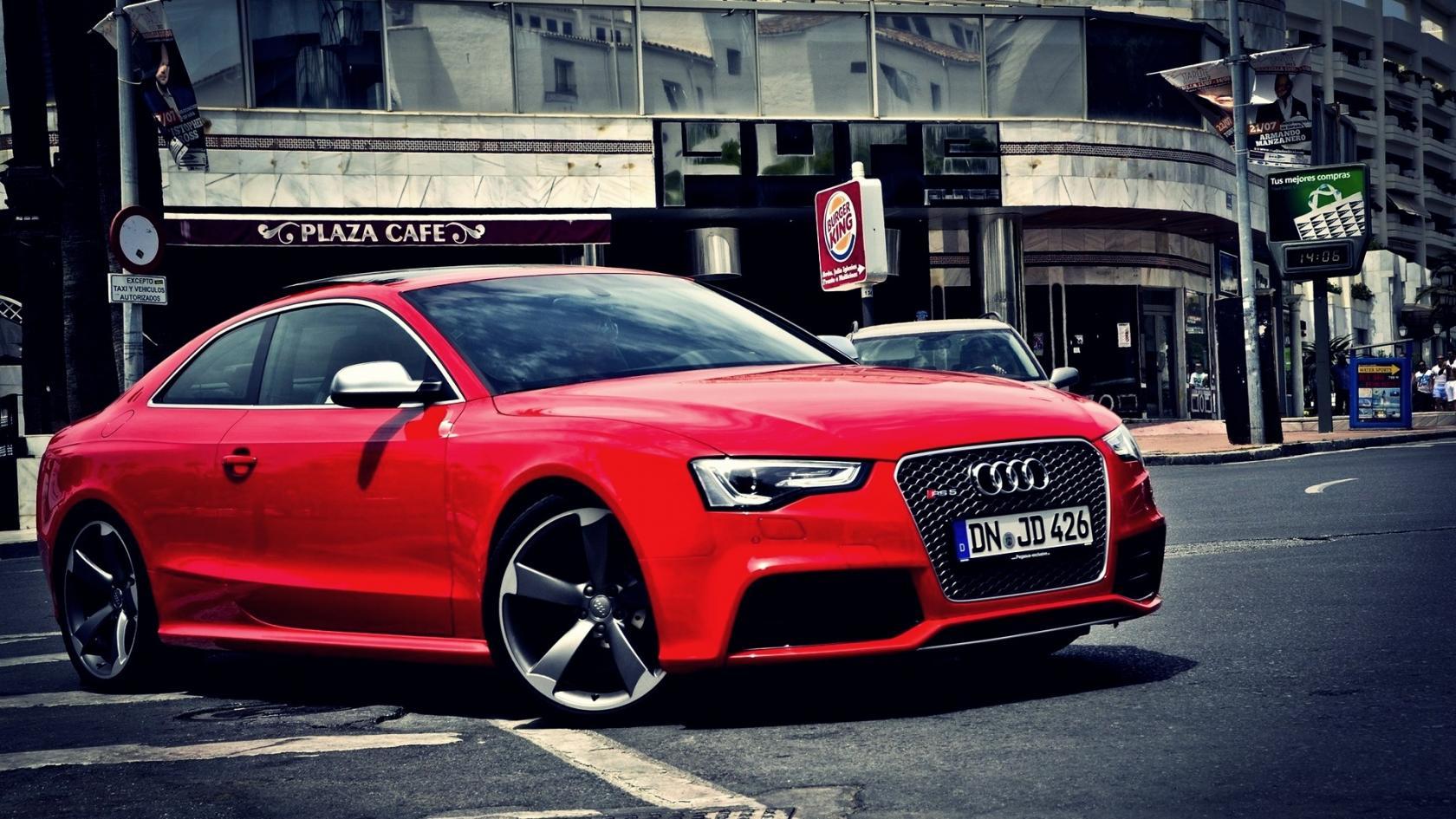 Audi-RS5-11