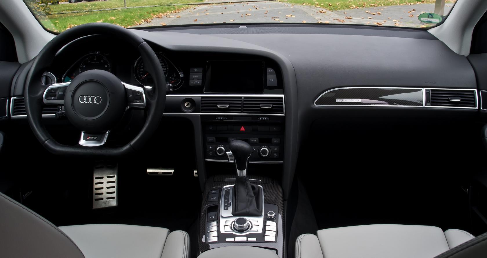Audi-RS6-C6-2