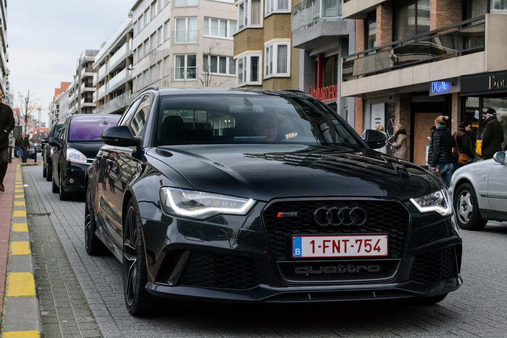 Audi-RS6-C7-5