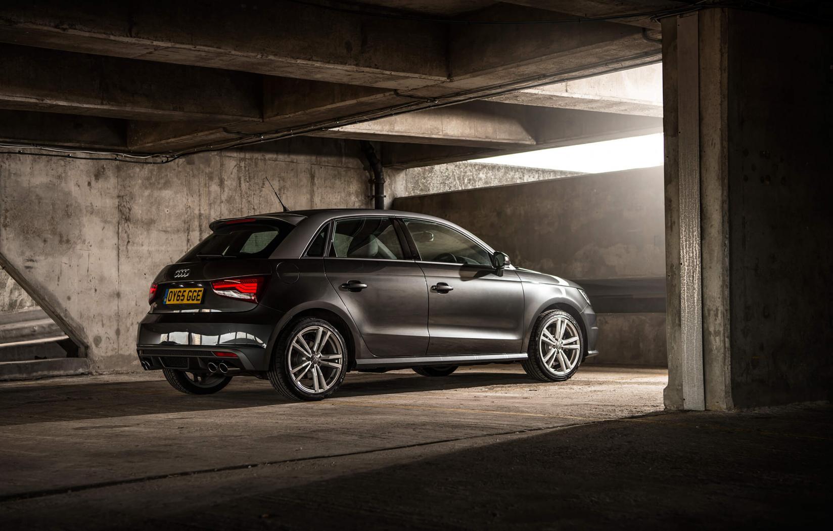 Audi-S1-2