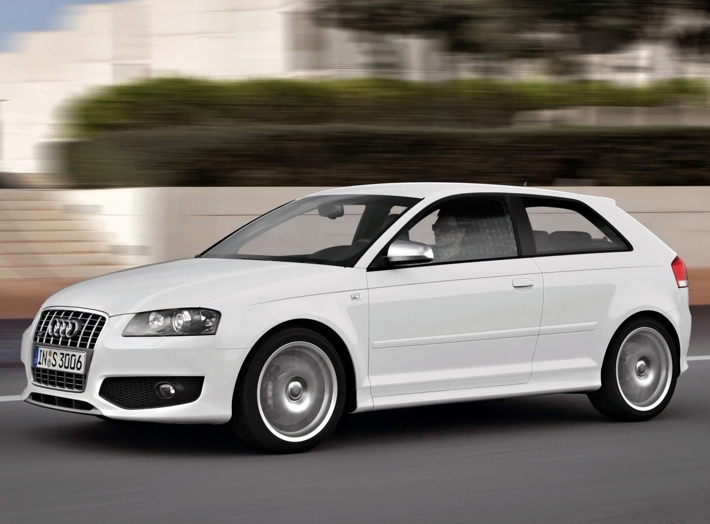 Audi-S3-8P-7