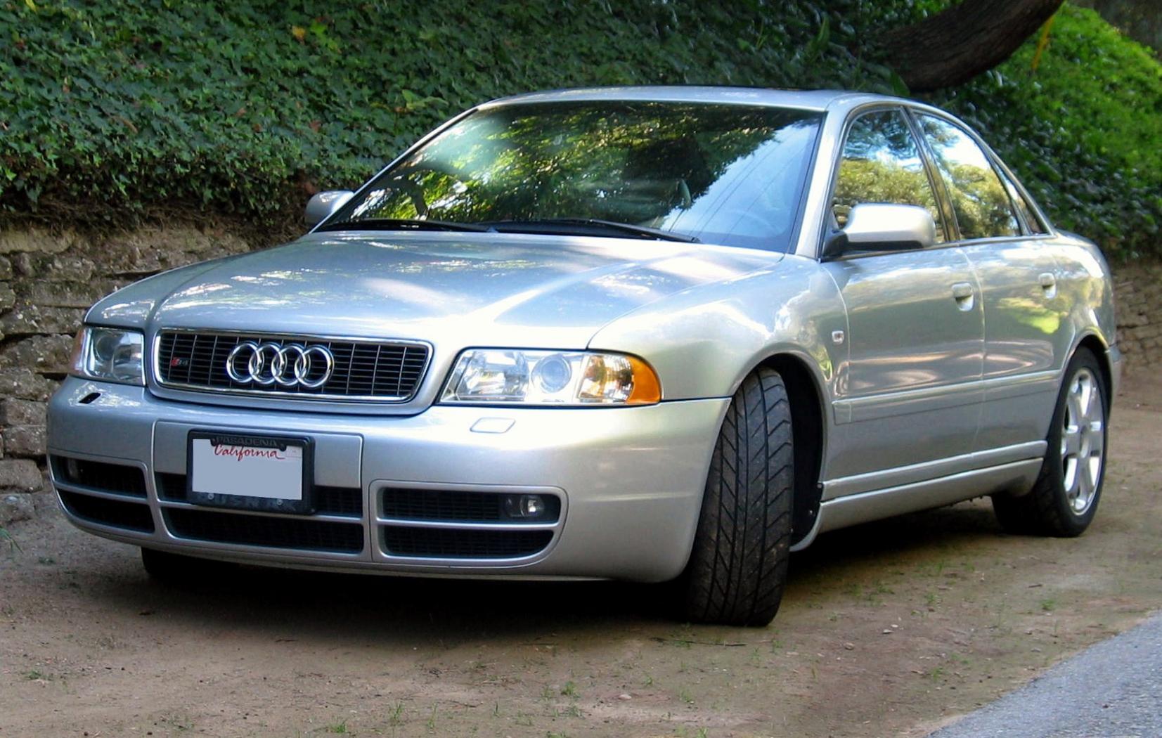 Audi-S4-B5-3