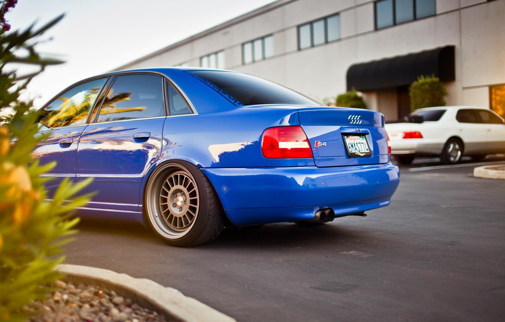 Audi-S4-B5-4