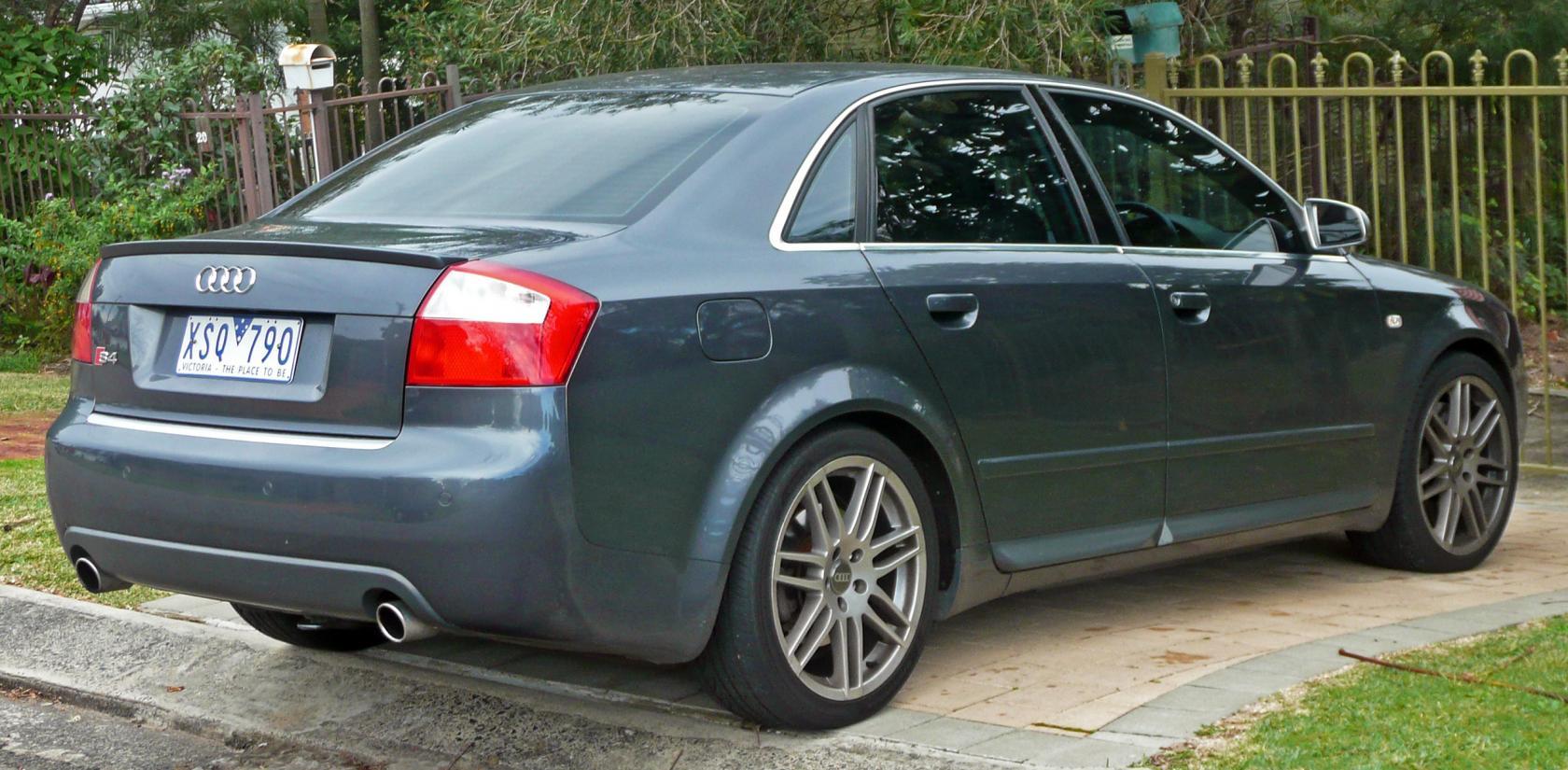 Audi-S4-B6-3