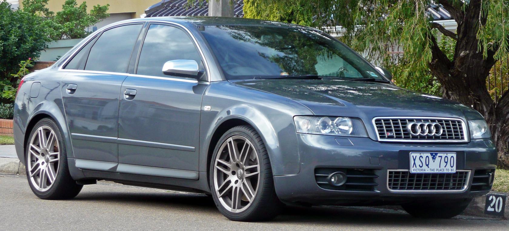 Audi-S4-B6-6