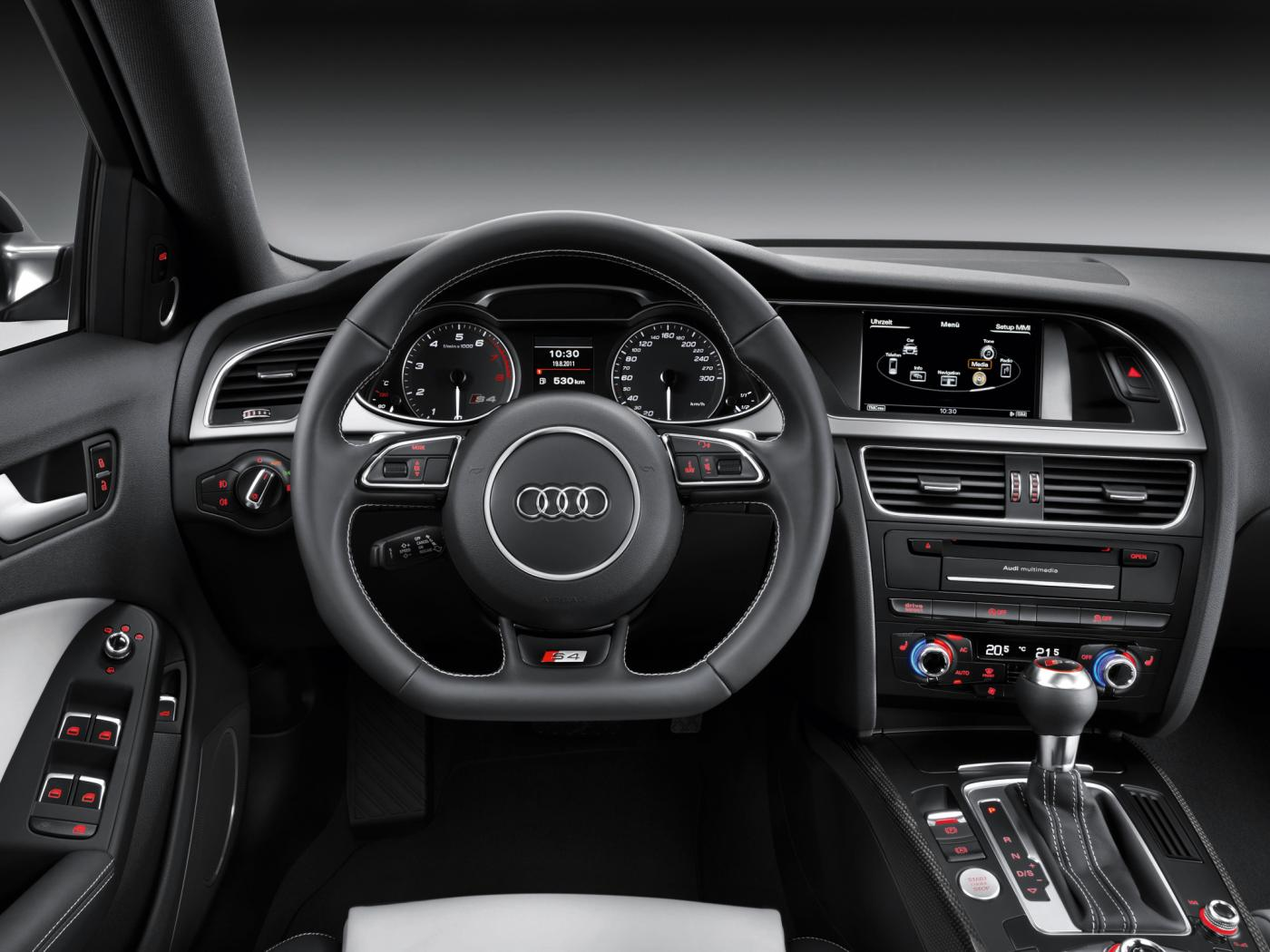 Audi-S4-B8-4