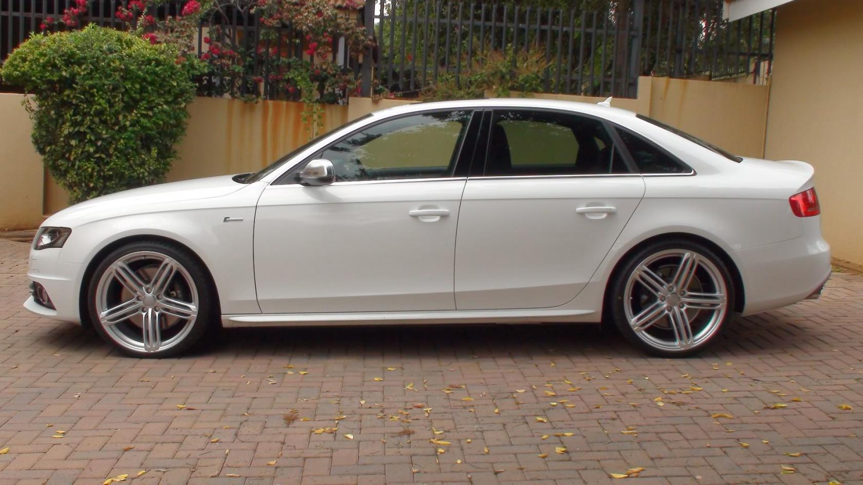 Audi-S4-B8-8