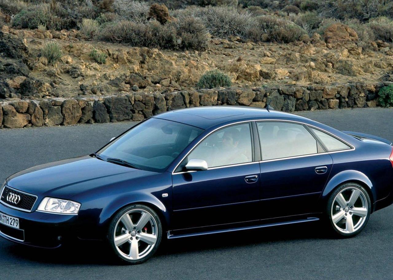Audi-S6-C5-8