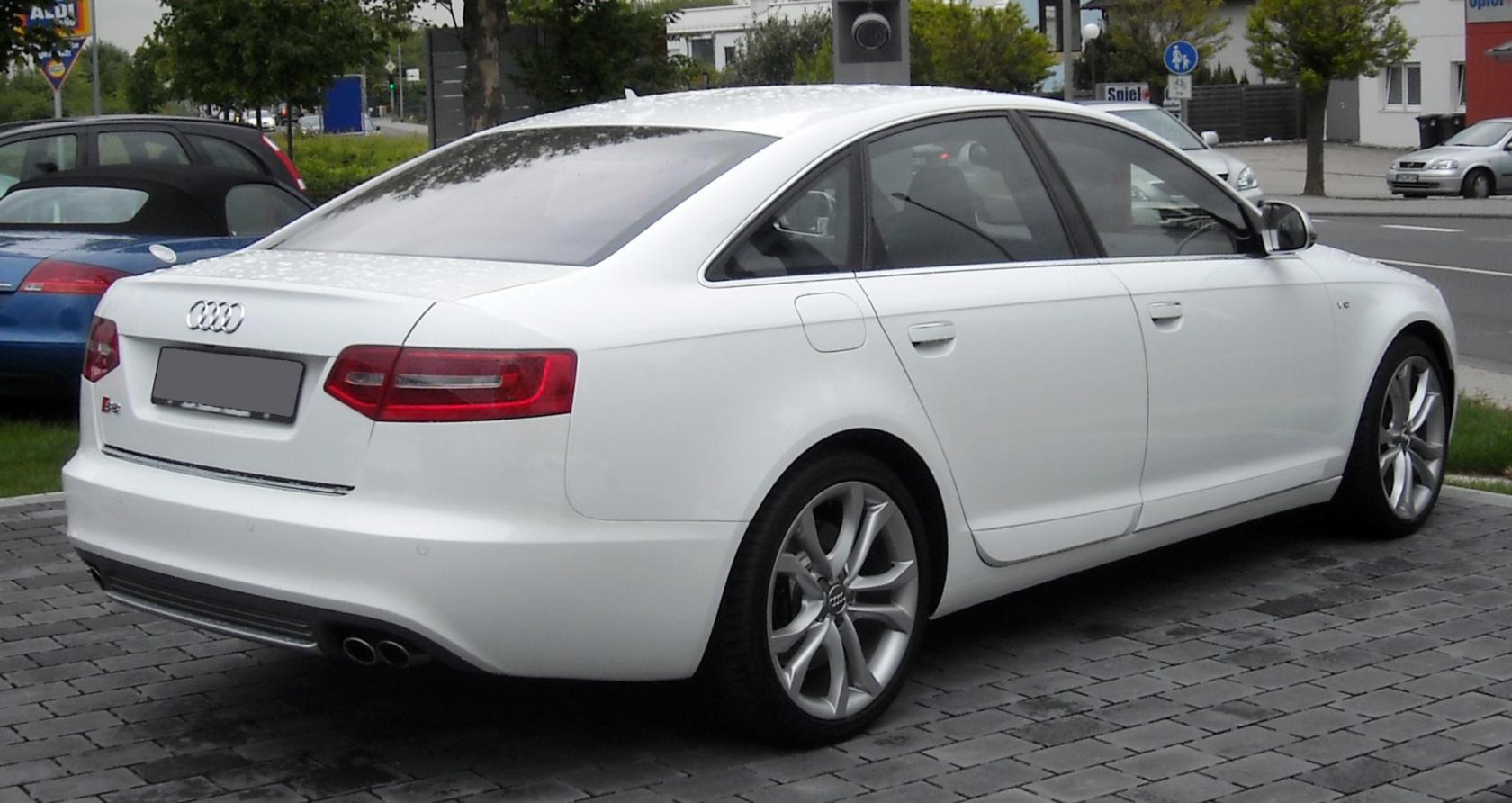 Audi-S6-C6-10