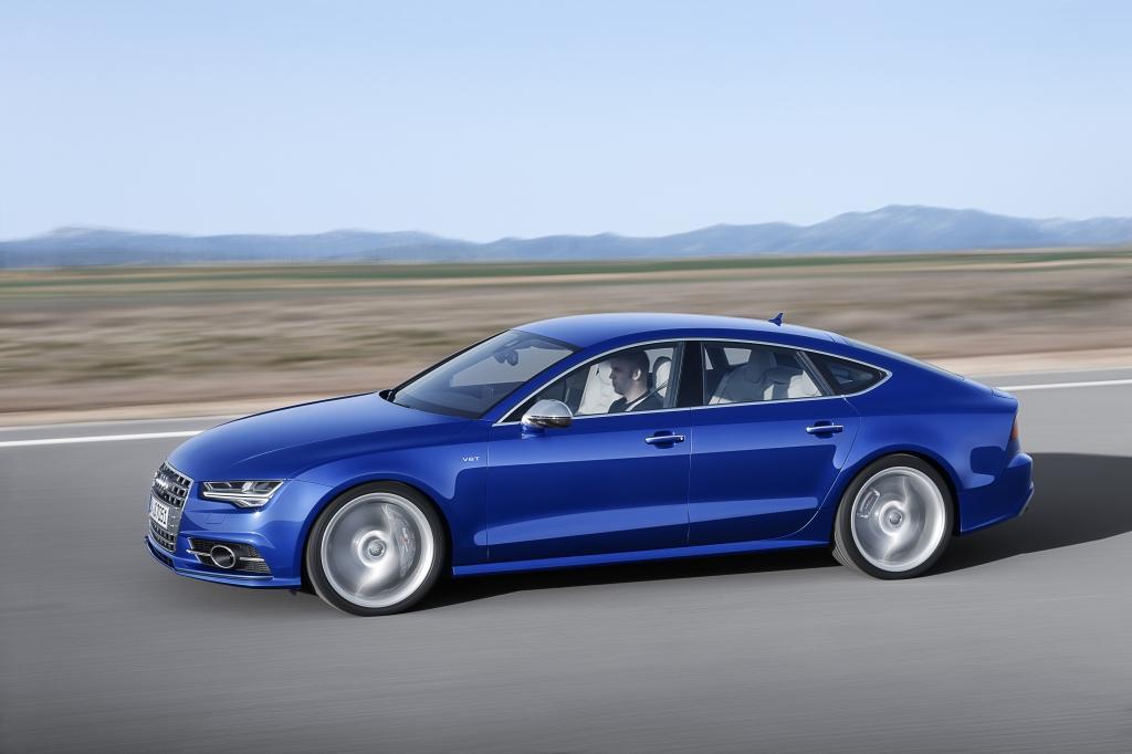 Audi-S7-Sur-route