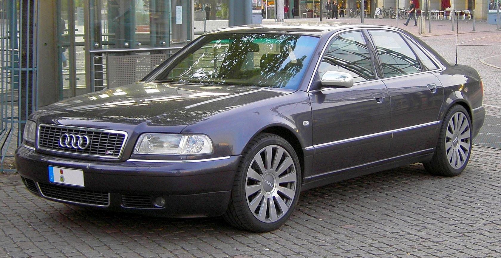 Audi-S8-D2-1