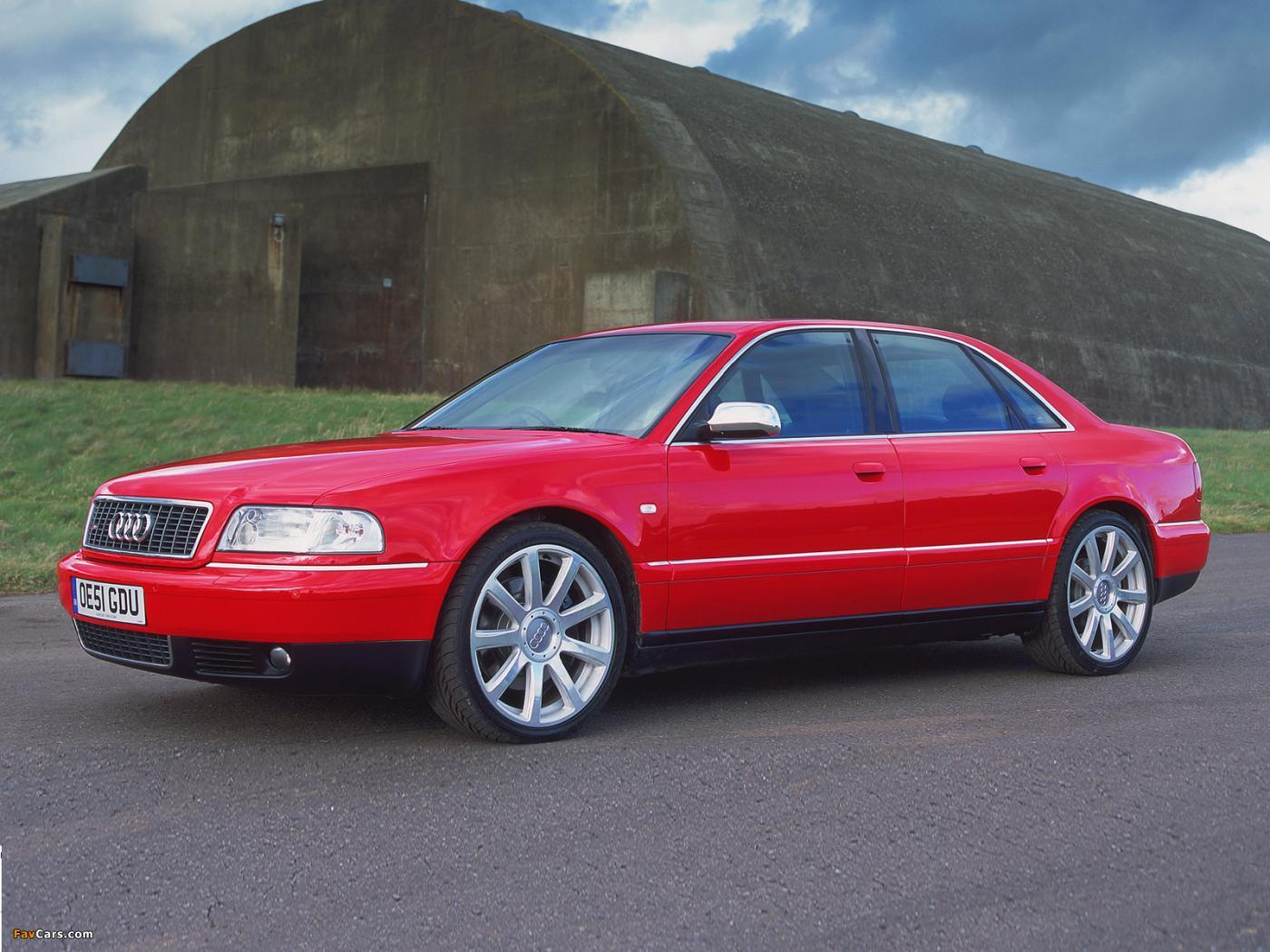 Audi-S8-D2-4
