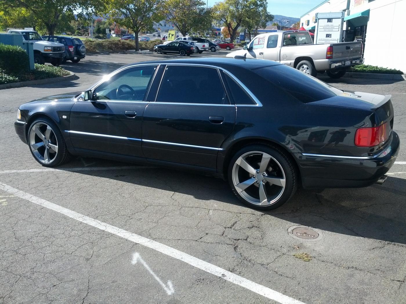 Audi-S8-D2-6