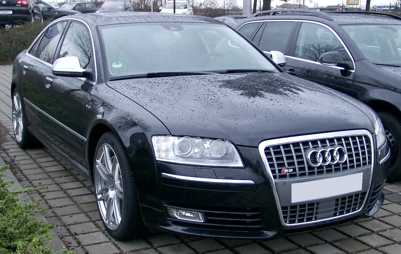 Audi-S8-D3-1