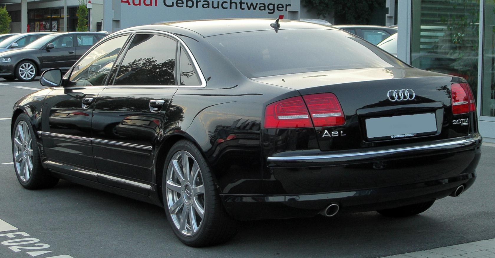 Audi-S8-D3-9