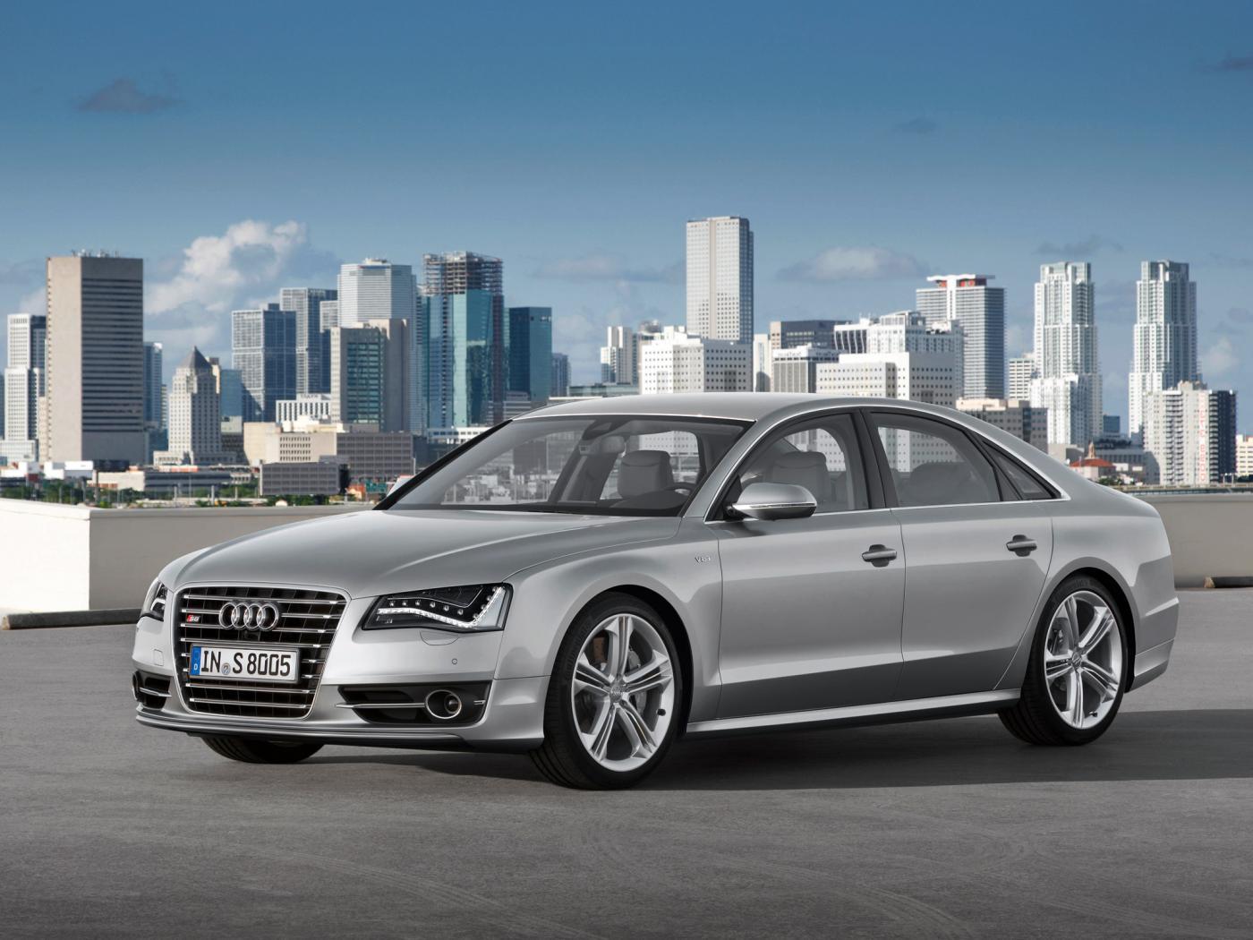 Audi-S8-D4-3