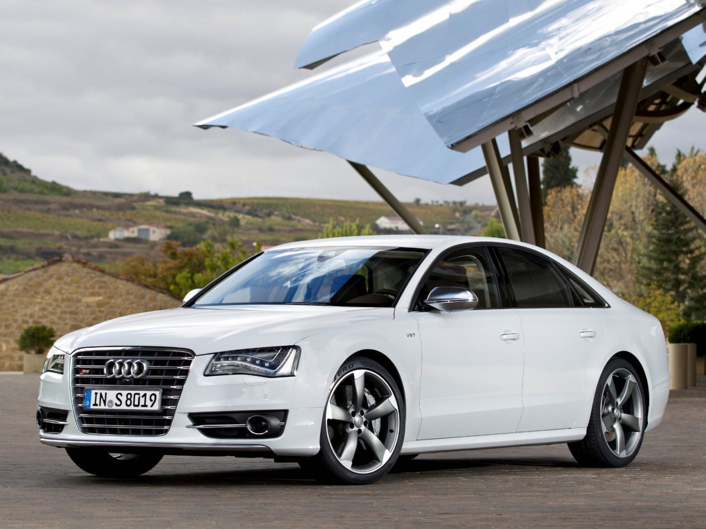 Audi-S8-D4-9