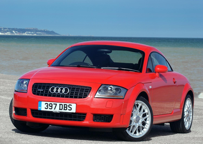 Audi-TT-MK1-1