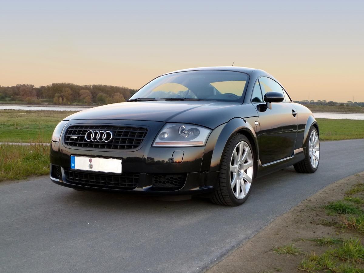 Audi-TT-MK1-8N-6