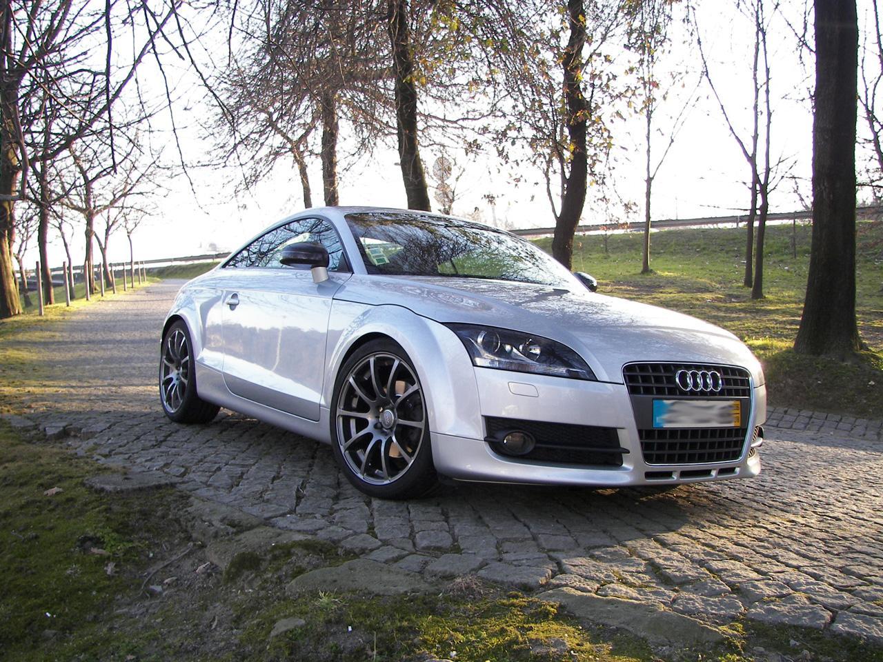 Audi-TTS-MK2-8J-2