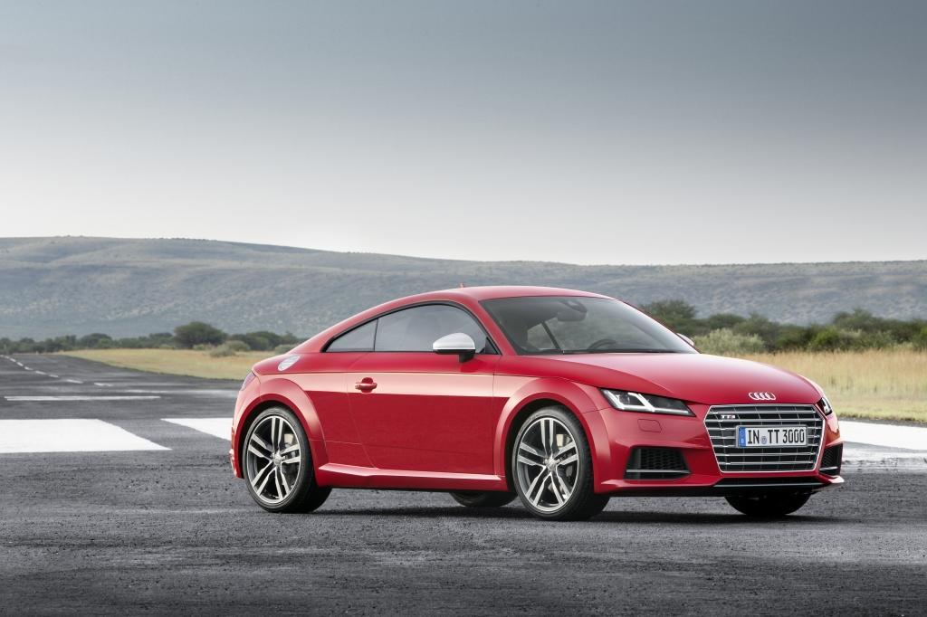 Audi-TT-S-Line-1