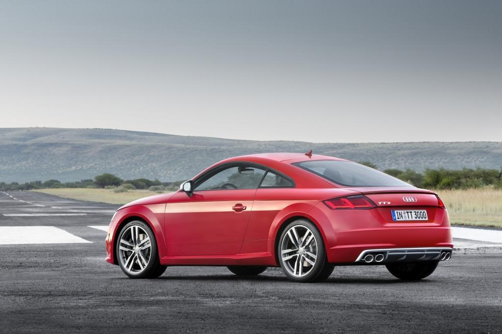 Audi-TT-S-Line-2