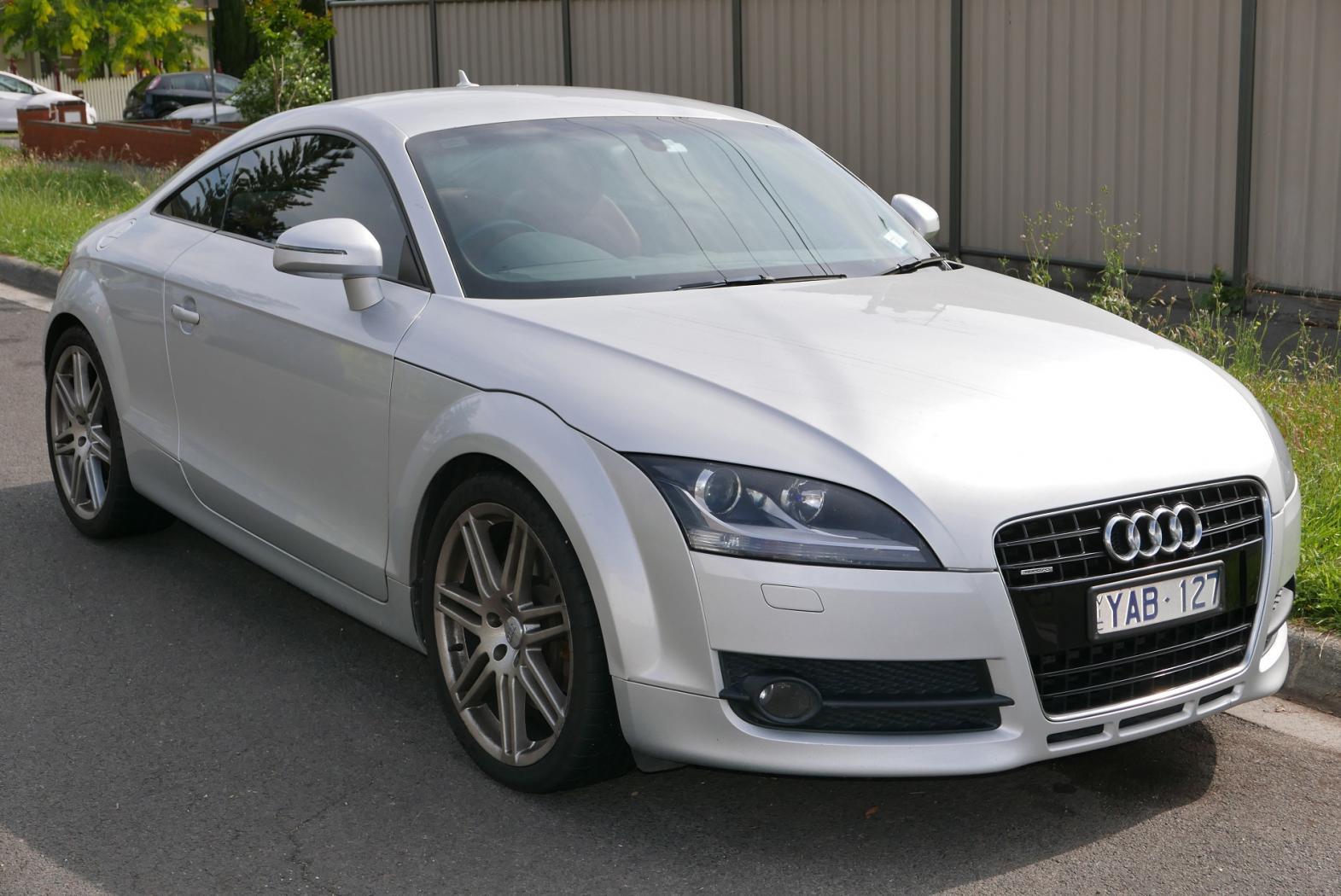 Audi-TTS-mk2-8j-1