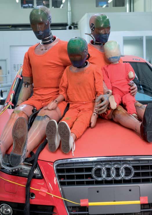 Materiel-essais-de-collision-Audi.jpg