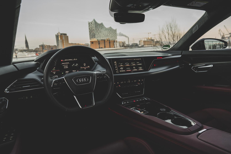 Presentation-Audi-RS-e-tron-GT-2.jpeg