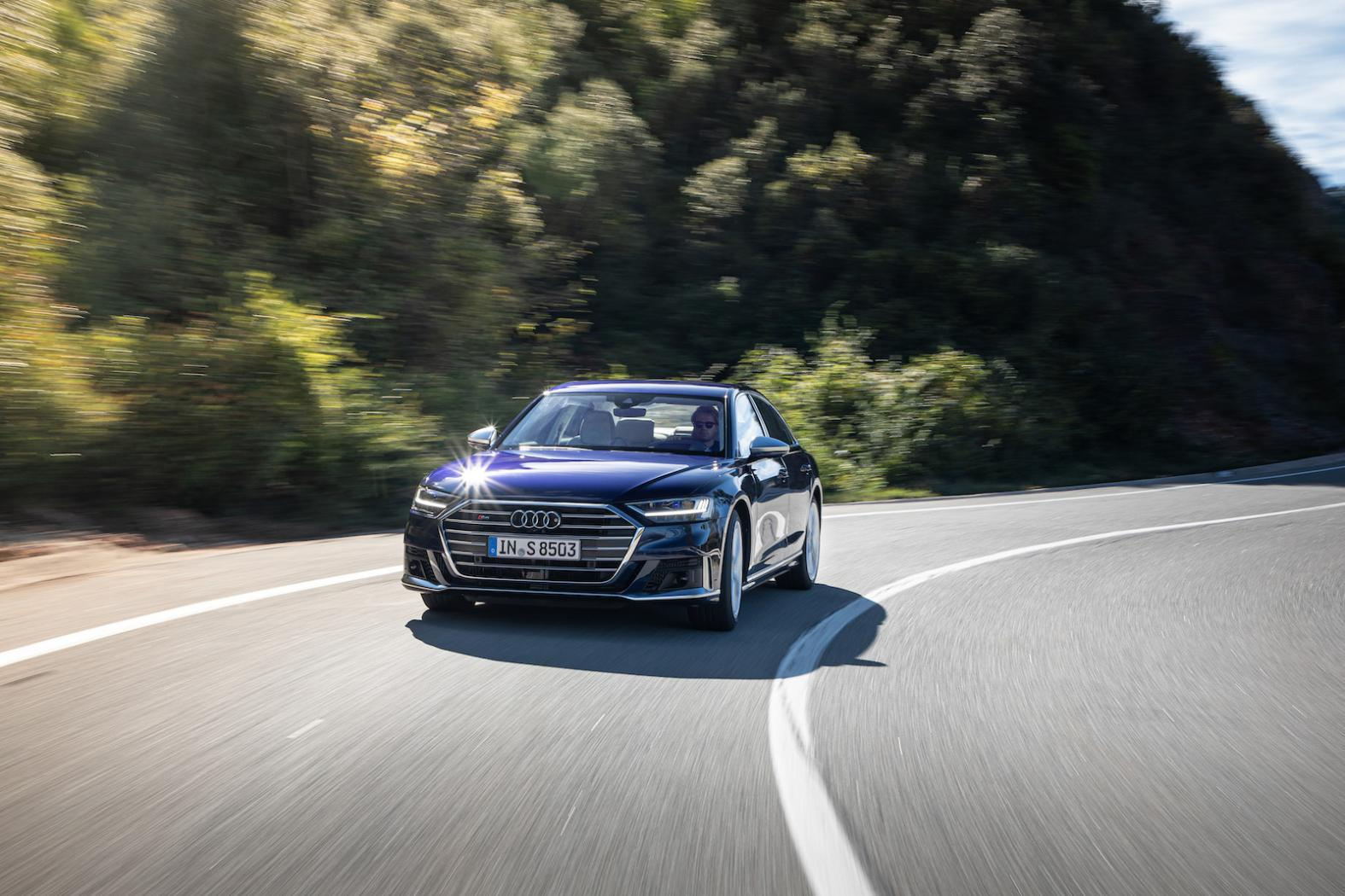 Presentation-Audi-S8-D5-2.jpeg
