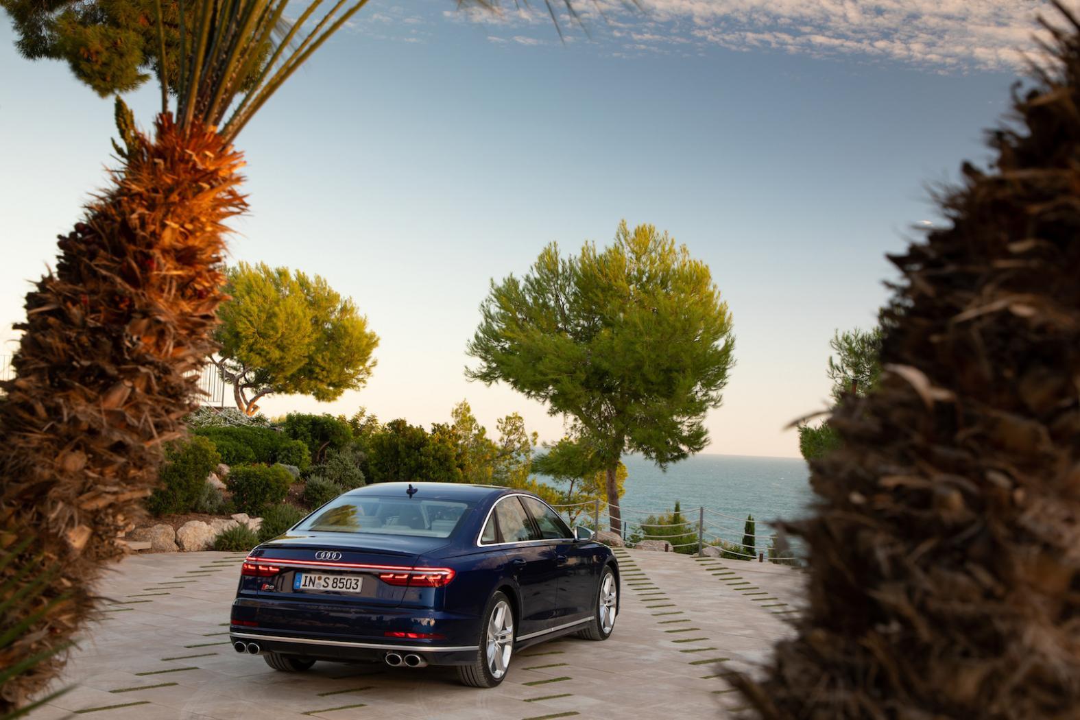Presentation-Audi-S8-D5-3.jpeg