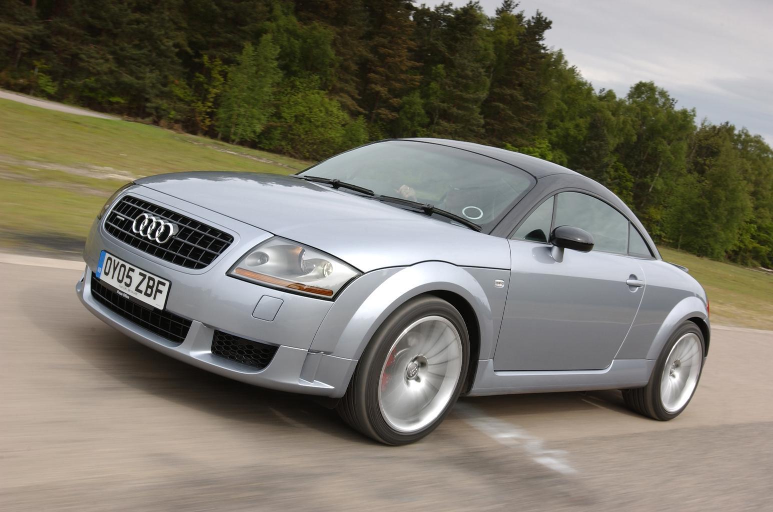 Tuto-demontage-et-nettoyage-boitier-papillon-sur-Audi-TT-Mk1-1.jpg
