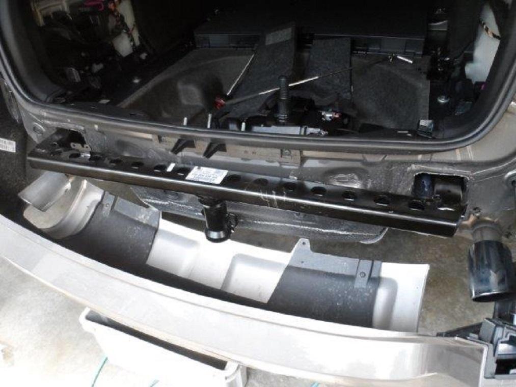 Tuto-montage-attelage-Audi-A4-B8-6.jpg
