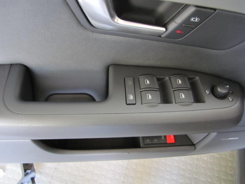 les-problemes-de-leve-vitres-sur-Audi-A4-B7-2.jpg
