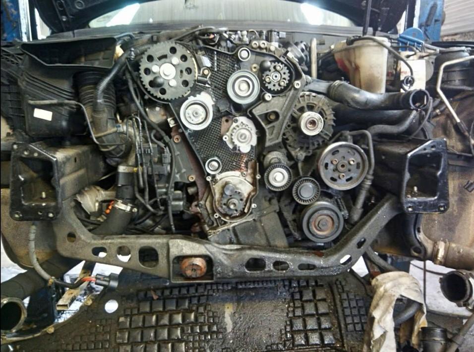 tuto-remplacement-courroie-de-distribution-sur-Audi-A4-B8-5.jpg