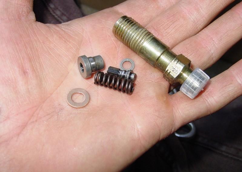 tuto-reparation-fuites-gasoil-pompe-bosch-a4-b5-8.jpg